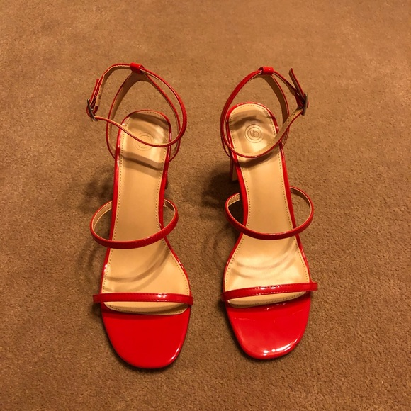 Uo Piper Thin Strappy Heels Nwot